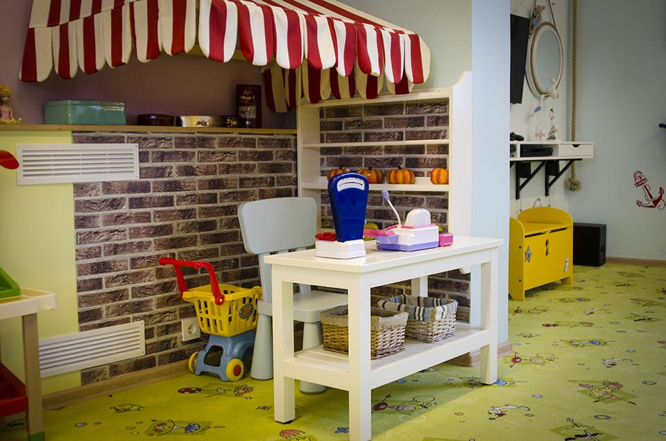 """b9062c2d5e9 """"Mäu-Mäu"""" mängutuba asub Tallinnas aadressil Mustamäe tee 60. Mängutoas on  võimalik pidada laste sünnipäevasid iga päev kolmel erineval ajal:  Hommikul: ..."""